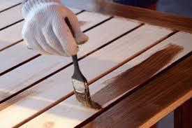 Pilih Mana Melamin Dan Pernis Untuk Finishing Pintu Kayu Rumah Anda ? 2