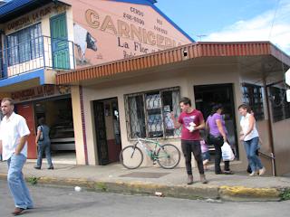 Street corner carniceria in Puriscal