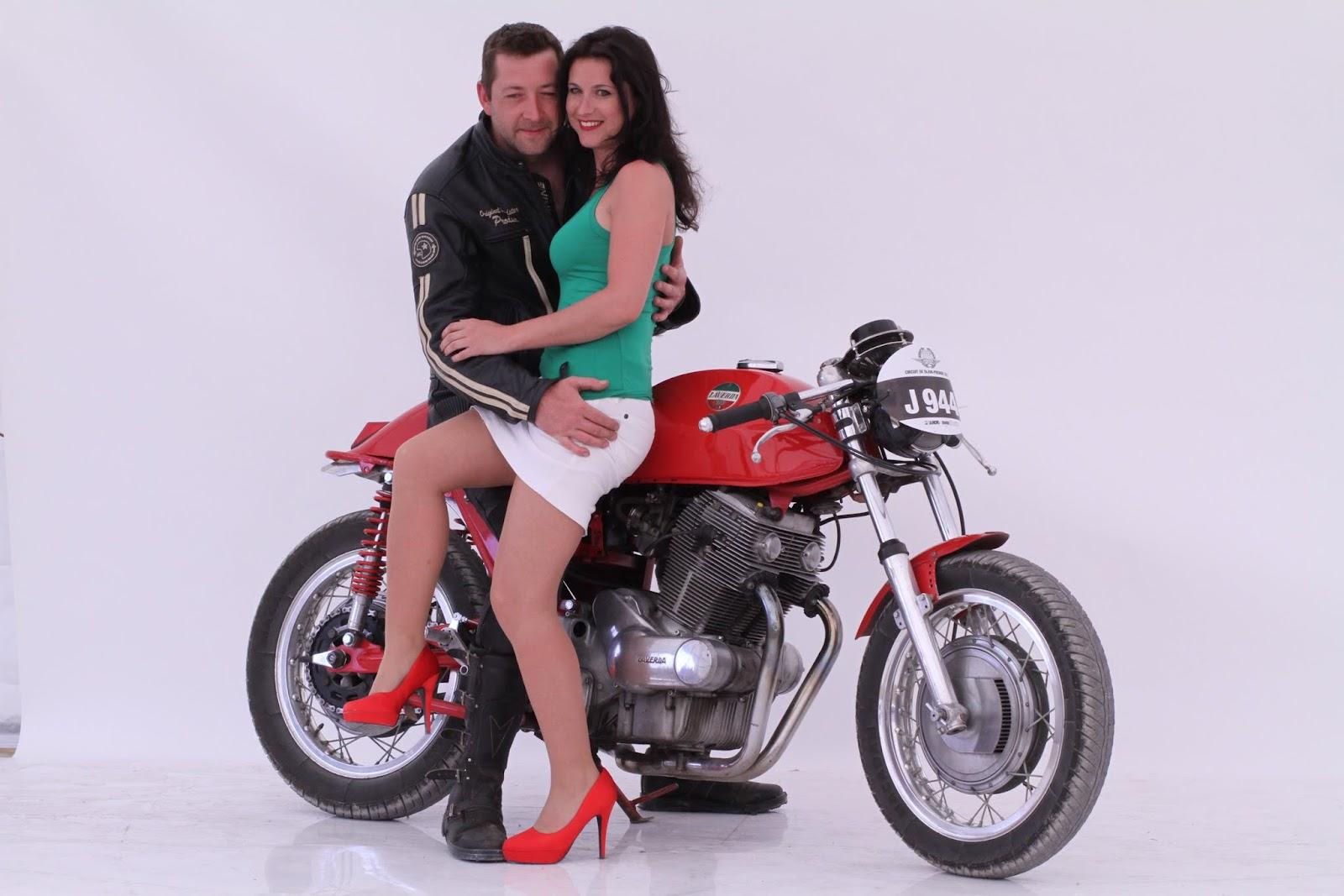 nikophot divertisement concours de look aux coupes moto l gende. Black Bedroom Furniture Sets. Home Design Ideas