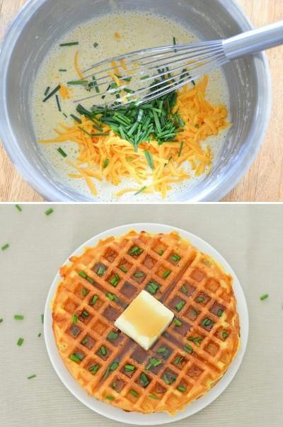 Seperti adonan bakwan jagung, tapi dimasak di waffle maker.