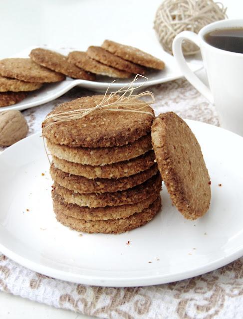 Owsiano-kokosowe ciastka