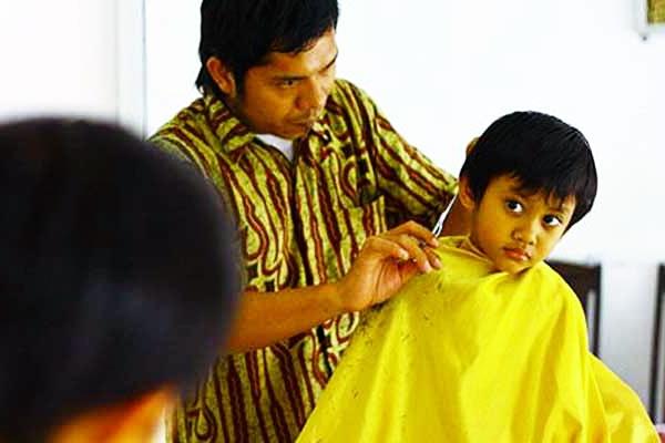 Santri VS Tukang Cukur