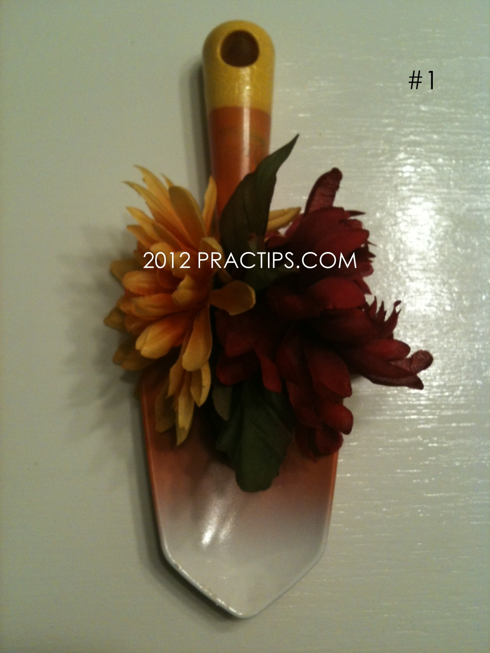 Practips: Shovel in a Great Fall Craft