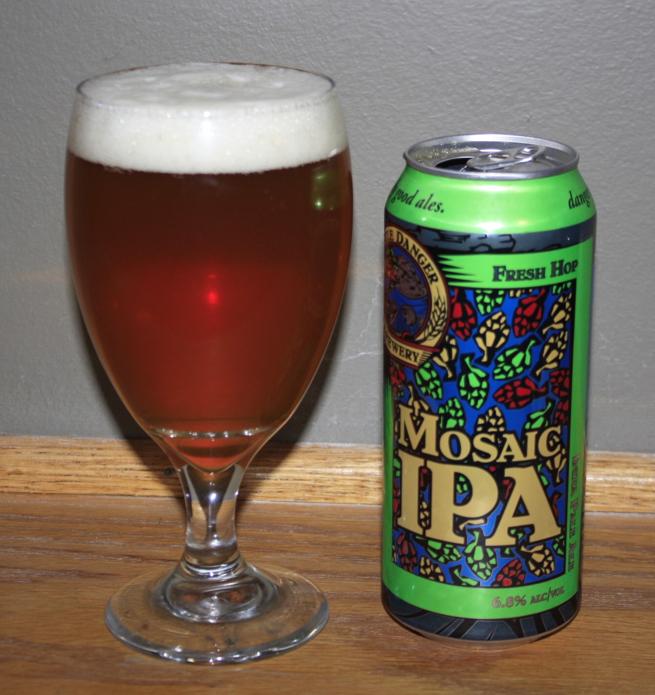 Name: Castle Danger Mosaic Fresh Hop IPA Style: India Pale Ale ABV: 6.8%
