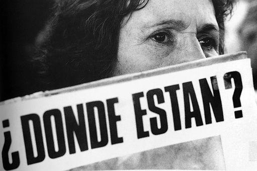 Chile: Absuelven a casi 70 condenados por crimen en dictadura