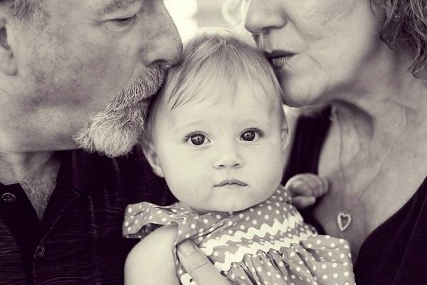 Η γιαγιά και ο παππούς είναι αναντικατάστατοι