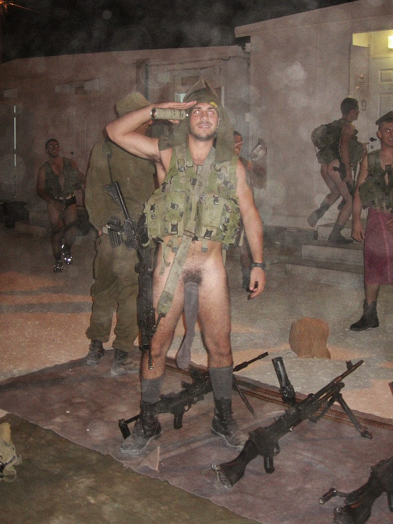 Idf Israeli Supporters And Nude Idf Soldiers Partying -9757