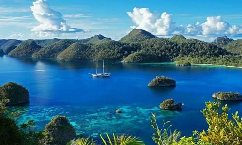 tempat wisata raja ampat papua