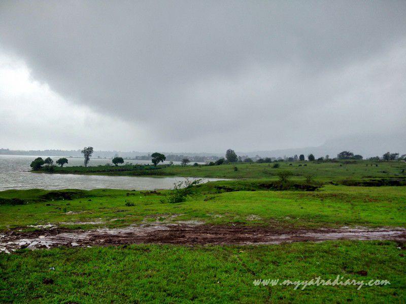 Monsoon beauty on the Trimbakeshwar -Ghoti road near Nashik, Maharashtra