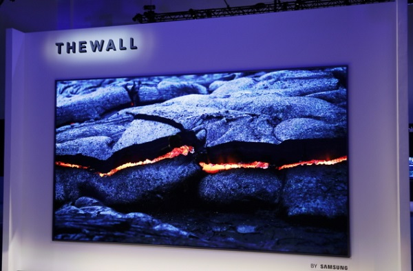 CES 2018: SAMSUNG unveils 'The Wall,' World's first Modular MicroLED 146-inch TV