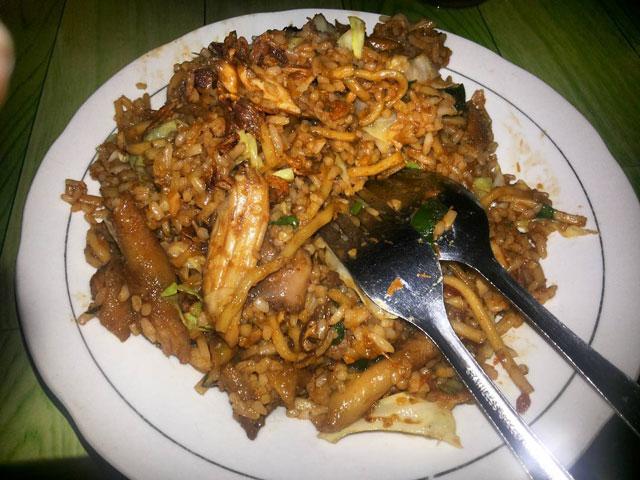 Nasi Goreng Mangelangan Pak Yatno