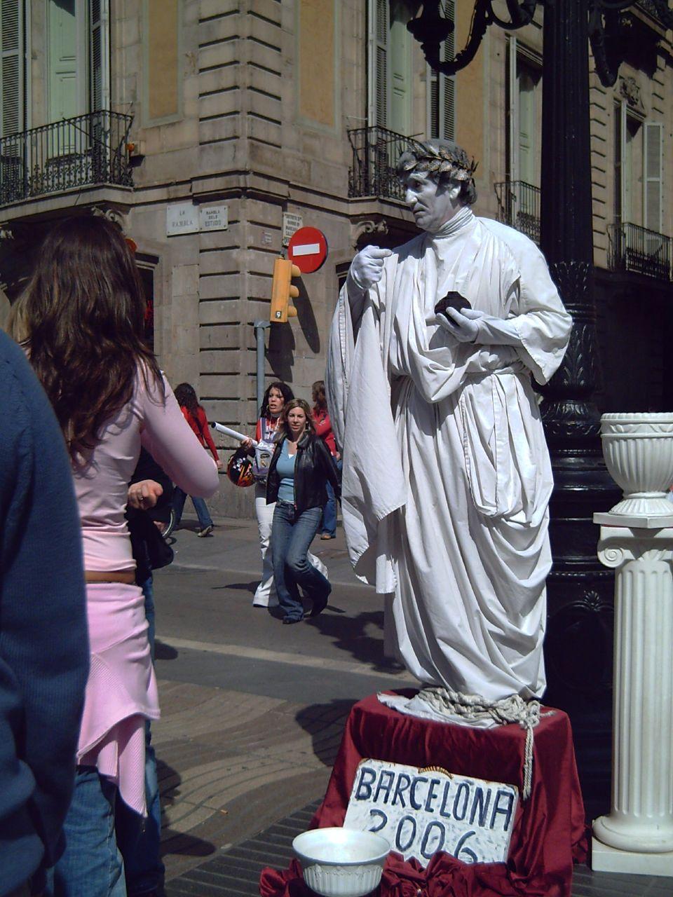 Caesar Living Statue in Las Ramblas, Barcelona