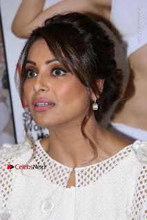 Bollywood Actress Bipasha Basu Unviels Health Nutrition Success Issue Pos  0005.JPG
