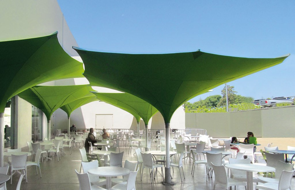 rw paisagismo mobili rio urbano double canopy tulip. Black Bedroom Furniture Sets. Home Design Ideas