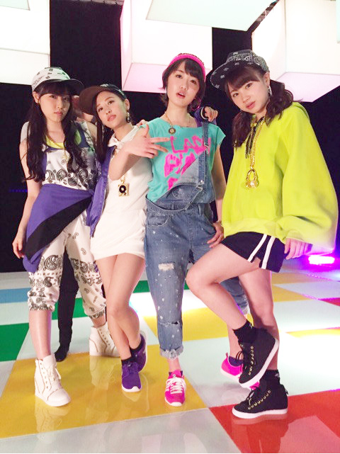 ジェラシージェラシー MVでの石田亜佑美の衣装の画像