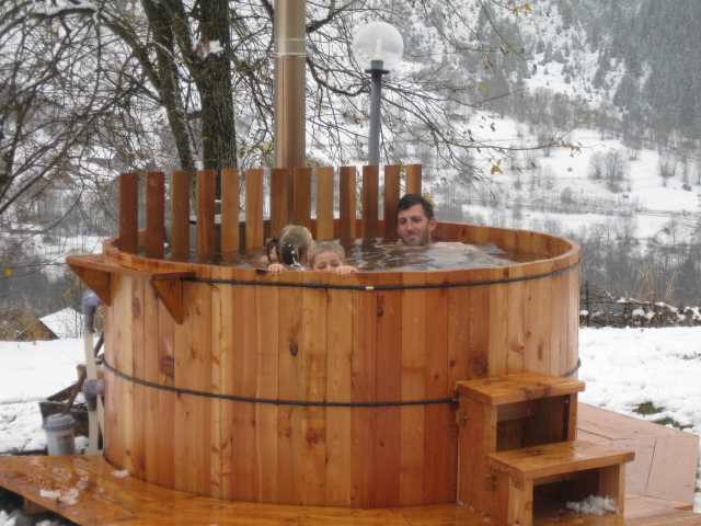 en chartreuse fabrication d 39 un bain nordique au gite l 39 cole. Black Bedroom Furniture Sets. Home Design Ideas