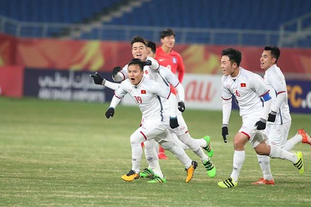 """Quên Công Phượng đi, Quang Hải mới xứng danh """"Messi"""" U23 Việt Nam 2"""