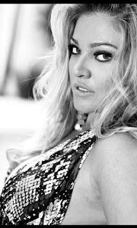 Nicole escort rubia latina de ojos azules en Ibiza - Ibizahoney