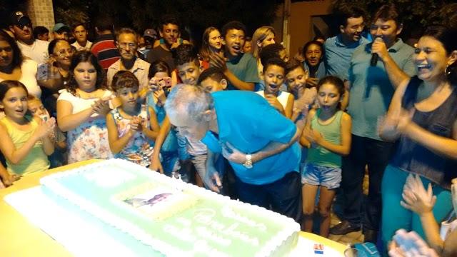 Líder político Nicodemos Anastácio é homenageado pela população Rafaelense