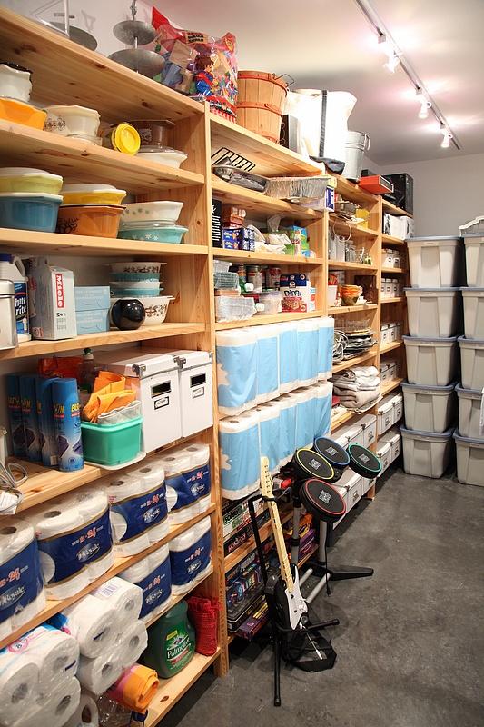 8FOOTSIX: Basement Storage Room