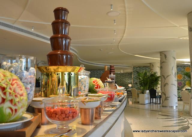 chocolate fondue at Palazzo Versace Dubai