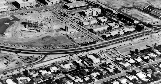 Why Mill Avenue curves into Apache Boulevard in Tempe, Arizona