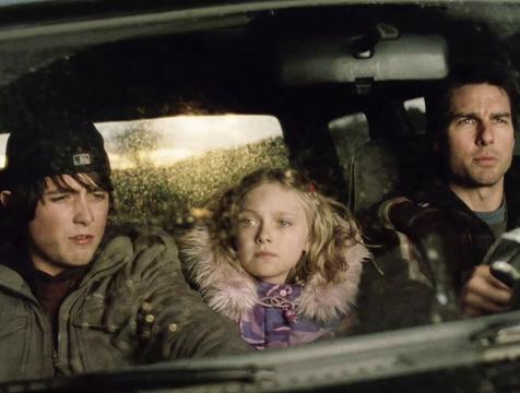 Robbie, Rachel y Ray Ferrier en La guerra de los mundos 2005 - Cine de Escritor