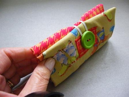Quilt, Knit, Run, Sew: A Free Folding Totebag Tutorial