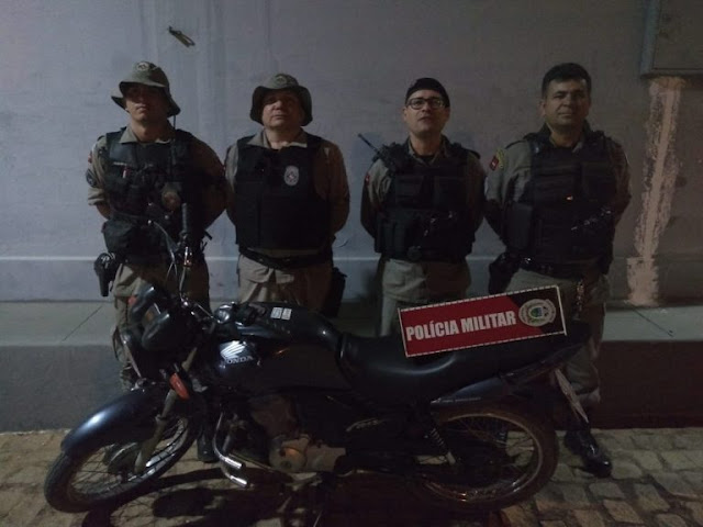 Moto roubada na tarde desta sexta-feira na PB-323 é recuperada pela Polícia Militar