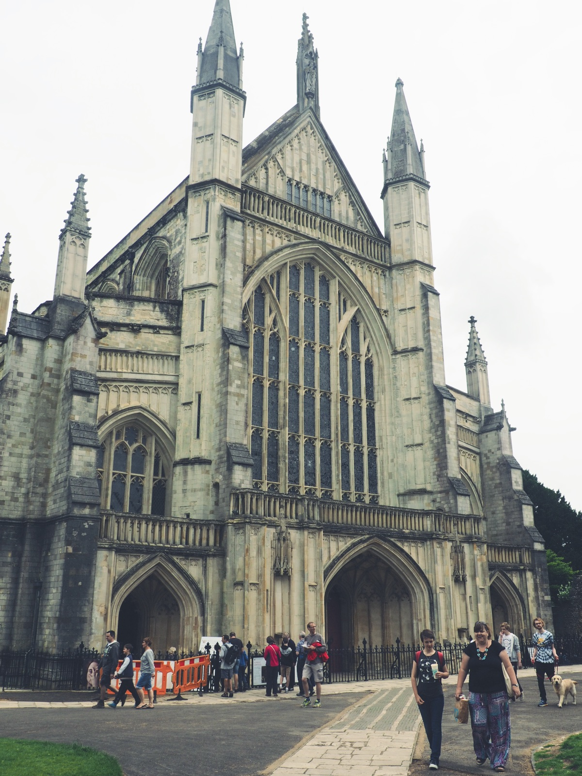 Winchester Cathedral City Guide