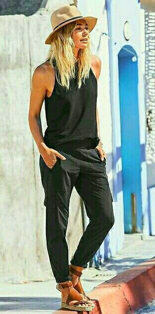 summer casual style obsession / sandals + hat + top + pants