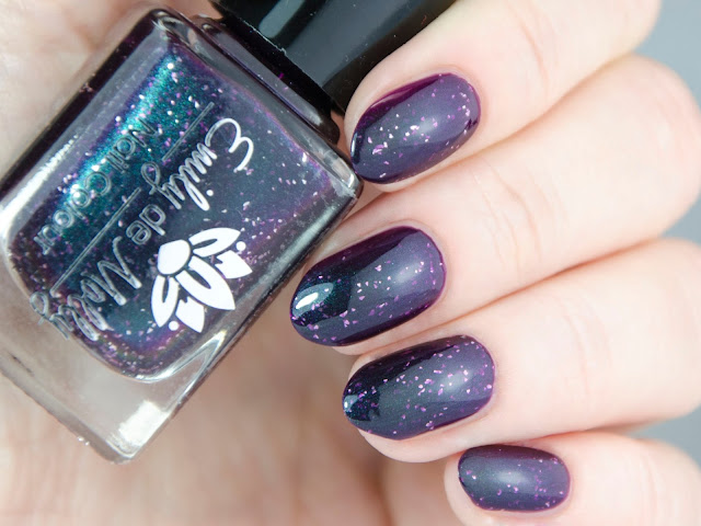 Emily de Molly Ever Sort After swatch