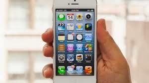 Truc: cum sa tina bateria de la IPhone mai mult