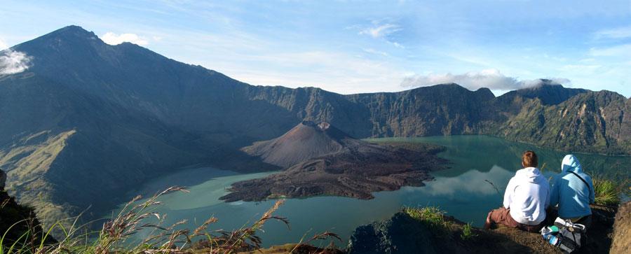 Keindahan Gunung Rinjani di Pulau Lombok