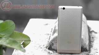 Bagian Belakang Xiaomi Redmi 3