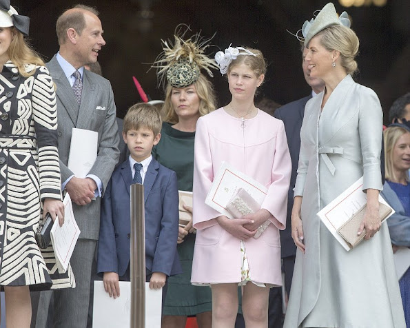 Queen Elizabeth II, Prince Philip, Duke of Edinburgh, Prince William, Duke of Cambridge, Catherine, Duchess of Cambridge, Prince Harry, Prince Edward, Sophie, Countess of Wessex and their children James and Lady Louise, Princess Anne, Princess Royal, Prince Michael of Kent, Princess Michael of Kent, Prince Edward, Duke of Kent, Zara Phillips, Mike Tindall, Princess Eugenie, Princess Beatrice