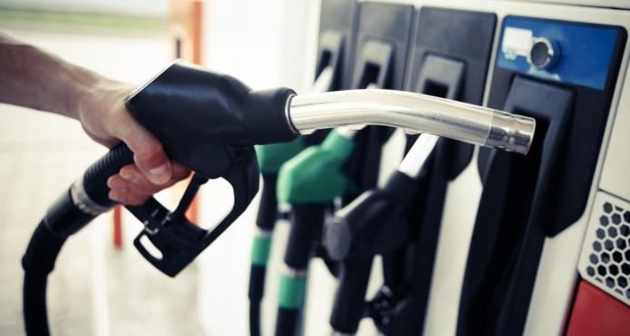 Combustibles bajarán entre RD$1.50 y RD$5.00 por galón