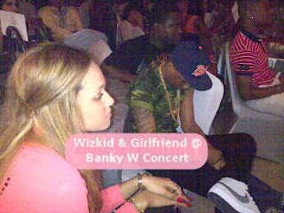 wizkid and girlfriend banky w concert