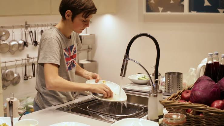Dishes, dishwashing, stress
