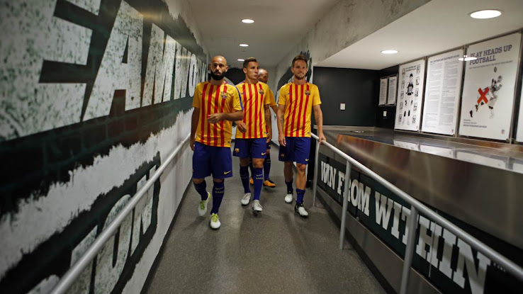meet 112a2 6f773 New FC Barcelona 17-18 Home Kit + Numbers - On-Pitch Debut ...