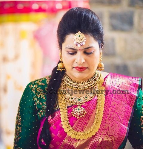 Bride in Traditional Kasumala Kundan Set