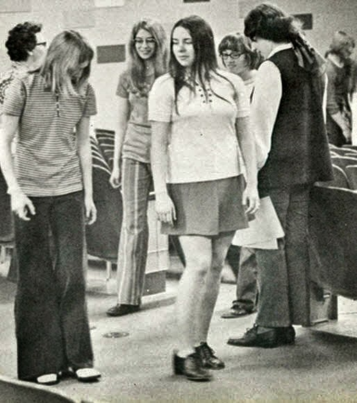 Retrospace: Mini Skirt Monday #179: One Among Many (Part 2