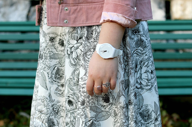 midnight bloom, wear lemonade, make my lemonade, dita, dress, robe, ootd, floral, floers, pink biker, swatch