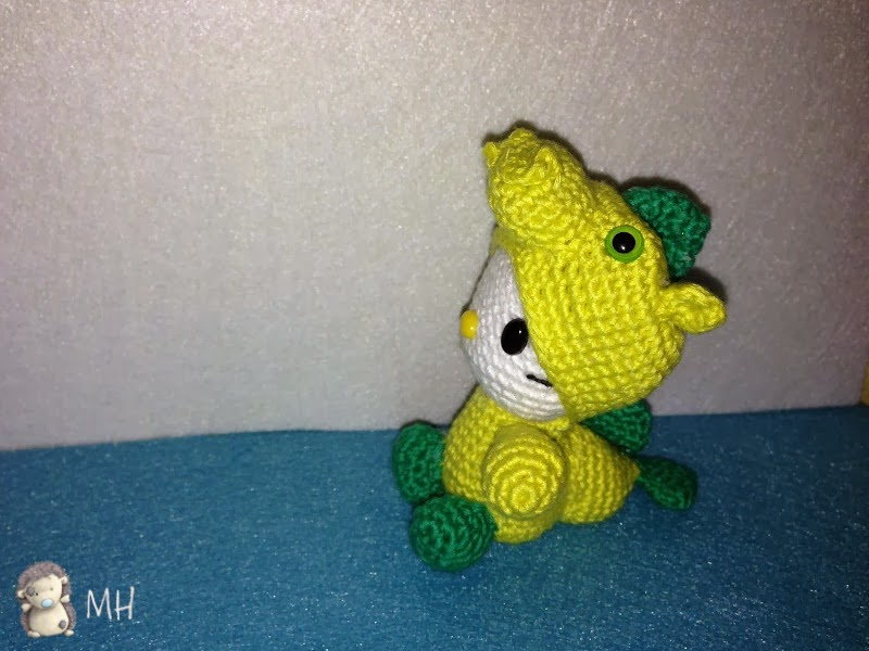 hello Kitty dragoncito amigurumi