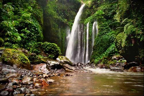 Wisata Lombok Yang Akan Membuatmu Ketagihan 09 Air Terjun Sendang Gile
