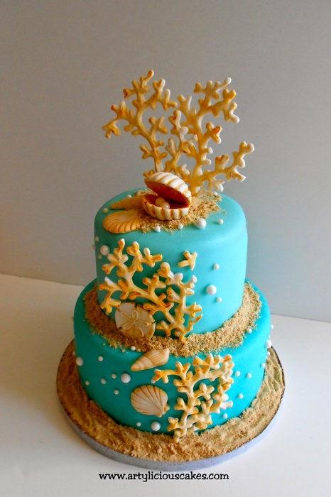 http://cakesdecor.com/cakes/20321