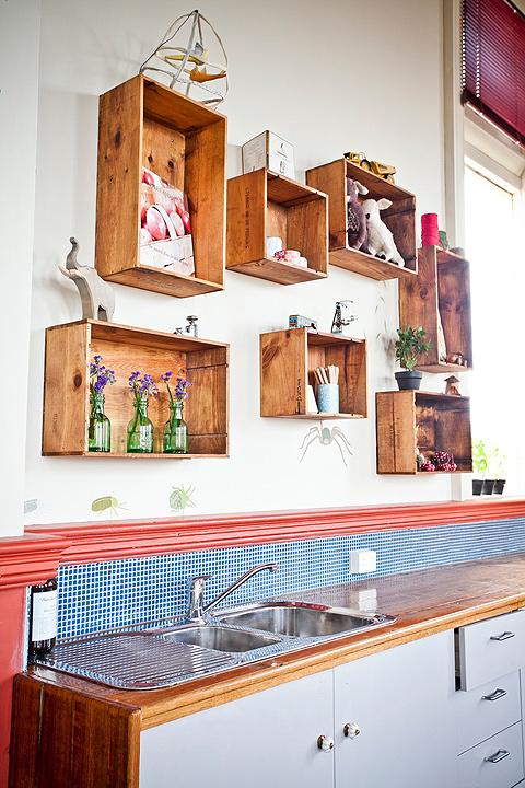 reutilizar caixotes de madeira cozinha