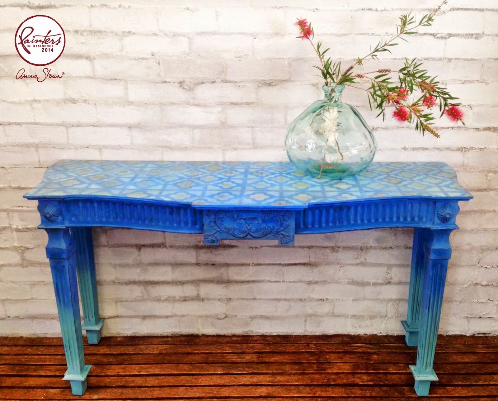 Annie Sloan • Paint & Colour Beau Ford s Ombre Console Table