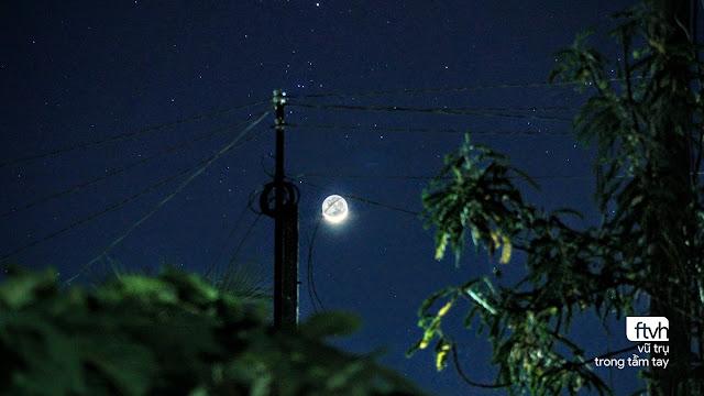 Ánh đất Trăng non đầu tháng Tư âm lịch. Hình ảnh: Nhật Minh từ TVAC.