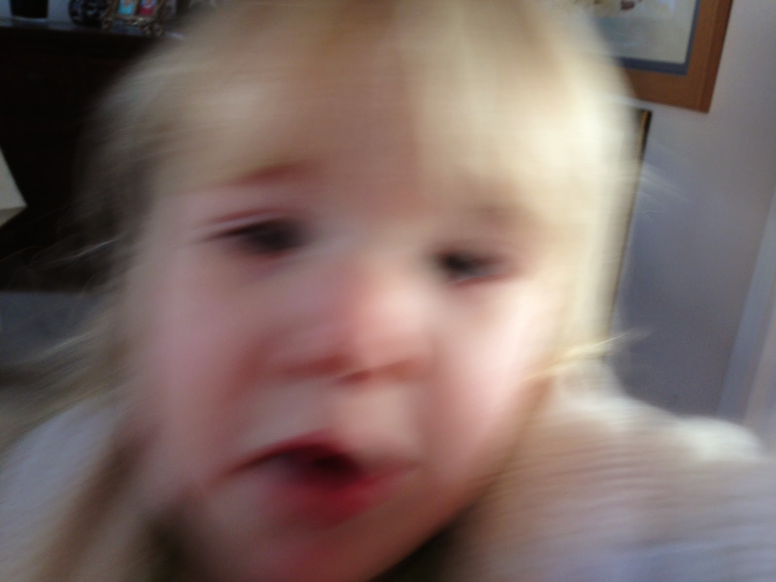 Blurry picture of Tin Box Tot